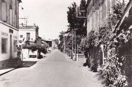 CARTE POSTALE  FOURQUES SUR ARGONNE 47   Centre Du Bourg - Autres Communes