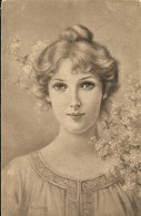 Portrait De Femme Holly Eva - Illustratori & Fotografie