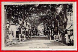AFRIQUE --  DAHOMEY -- Port NOVO --  Avenue Doumergue - Dahomey