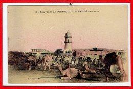 AFRIQUE --  SOMALIE - DJIBOUTI -- Le Marché Des Bois - Somalie