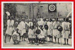 AFRIQUE --  SOMALIE - Guerrier Dunkali - Somalië