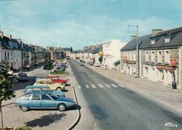 35 - Plélan-le-Grand - Ille-et-Vilaine - Bretagne France - Rue Libération - Street Scene - Cars Shell Stores - 2 Scans - France