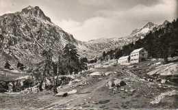 CPSM - CAUTERETS (65) - Aspect Du Chalet-Hôtel Ed.Wallon Et La Vallée Du Marcadou En 1963 - Cauterets