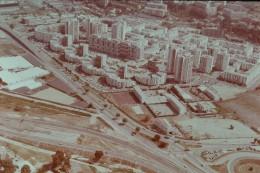 Photo Diapo Diapositive Nice Site Et Quartiers N°23 La Plaine Du Var Ensemble Immobilier Courts De Tennis VOIR ZOOM - Diapositivas
