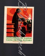 24-187 CZECHOSLOVAKIA  1966 Fire Protection - Welder - Carelessness During Welding Frequent Cause Of Fire - Matchbox Labels