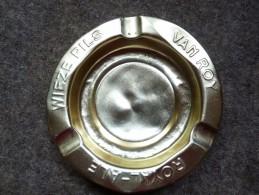 BRASSERIE- CENDRIER - WIEZE PILS  VAN ROY ROYAL-ALE-  - Doré, Rond, Diamètre 12,5 Cm,  Métal - Cendriers