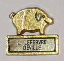 Pin's COCHON CHARCUTERIE à DEVILLE - Animals
