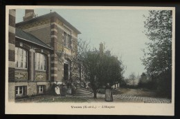 Voves  L Hospice - France