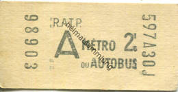 Paris - R.A.T.P. - A Metro Ou Autobus - Fahrschein - Transporttickets