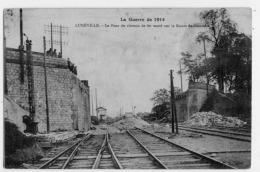 LUNEVILLE LE PONT DU CHEMIN DE FER SAUTE SUR LA ROUTE  DE MONCEL SERIE LA GUERRE DE 1914 - Luneville