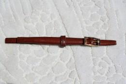 Bracelet  Montre De Dame En Cuir - Gioielli & Orologeria