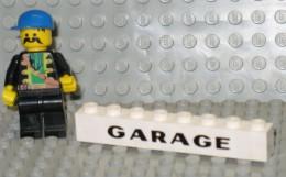279/131  LEGO MATTONCINI BRIQUE 1 X 8 BIANCO BLANC SERIGRAFATO SERIGRAPHIE GARAGE ORIGINALE COSTRUZIONI - Lego System