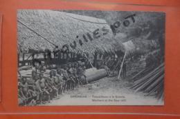 Cp Ononche Travailleurs A La Scierie Animé - Papua Nuova Guinea