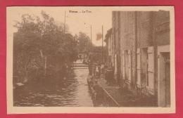 Virton - Le Ton ... Personnage Le Long Du Cours D'eau - 1934  ( Voir Verso ) - Virton