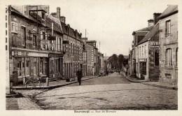 50 SOURDEVAL Rue De Mortain Animée,voiture,tabac - France