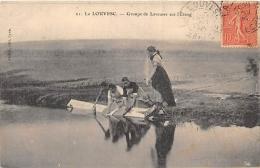 ARDECHE  07  LA LOUVESC  GROUPE DE LAVEUSES SUR L'ETANG - La Louvesc