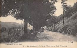 ARDECHE  07  LA LOUVESC   ENTREE DU VILLAGE PAR LA ROUTE D'ANNONAY - La Louvesc