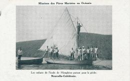 OCEANIE - NOUVELLE CALEDONIE - Les Enfants De L'école De HIENGHENE Partant Pour La Pêche - Nuova Caledonia