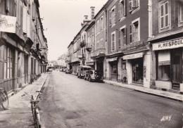 CPSM   SAINT CERE 46   Rue De La République - Saint-Céré