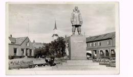 Tromsö.Roald AmundsenMonumentet - Norwegen