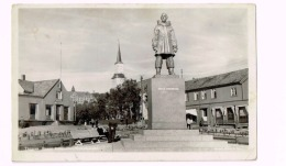 Tromsö.Roald AmundsenMonumentet - Noruega