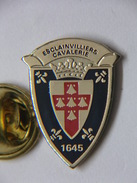Pin's - Militaria - Régiment D'ESCLAINVILLIERS - Régiment Commissaire Général CAVALERIE - 3è Régiment De CUIRASSIERS - Army