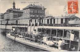 BATEAU DE GUERRE ( FRANCE ) Warship Kriegsschiff : Bateau à Identifier à La Gare Maritime De CALAIS 62 - Oorlogsschip - Krieg