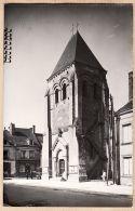 X37037 Peu Commun MANTHELAN Indre Loire  Place Eglise Bon Marché 1950s Carte-Photo Maurice COUVRAT Archives Poitiers - France