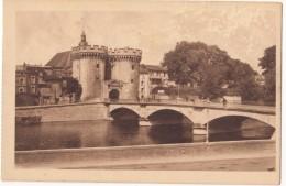 France, VERDUN, La Porte Et Le Pont-Chaussee, Unused Postcard [18538] - Verdun