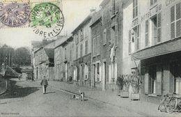 Village Ou Ville D'Indre Et Loire à Identifier - Café Hôtel Du Cheval Blanc? - Edition Germain - Te Identificeren