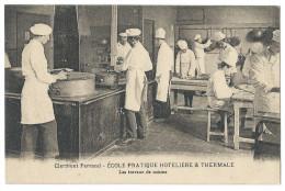 CLERMONT-FERRAND (63) École Pratique Hotelière Et Thermale - Les Travaux De Cuisine - Belle Animation - Clermont Ferrand