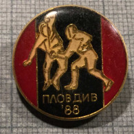 1990 COMPETITION FENCING PLOVDIV BULGARIA VINTAGE OLD ENAMEL PIN BADGE - Scherma