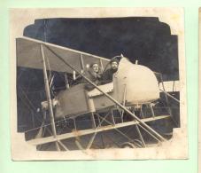 PHOTO D'avion Biplan , Deux Photos à Identifier ; Format : 10,3/9 Et 12/9 - Flugzeuge