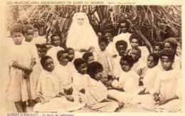 Beira - Scènes D'enfants - La Leçon De Catéchisme - Mozambique