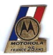 MOTO - M8 - MOTOROLA FRANCE 25 ANS - Verso : DEMONS & MERVEILLES - Motos