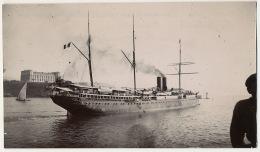 Photo Originale Paquebot Messageries Maritimes MM Sortant De La Joliette Marseille 27 Juin 1901 - Steamers