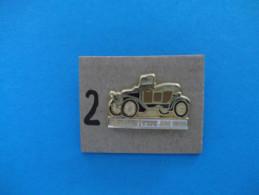 "PIN´S - RENAULT "" Type AM 1908  - Voir Photo ( 2 ) - Renault"