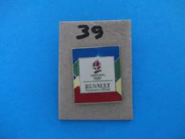 """PIN´S - RENAULT """"  RENAULT Partenaire Officiel  """" -   Pub  J O  Albertville 92 - Voir Photo ( 39 ) - Renault"""