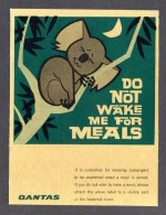 QANTAS *Do Not Wake Me For Meals* Meds: 74 X 97 Mms. Auto-adhesiva. - Pegatinas