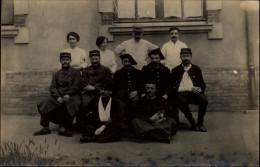 MILITARIA - CARTE PHOTO MILITAIRE - Chasseurs Alpins - Guerre 14-18 - Soldats - Blessés - Guerre 1914-18