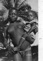 FILLETTE ET ENFANTS SEINS NUS - Afrique Du Sud, Est, Ouest