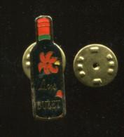 Pin´s - Boisson Vin Alcool LYS BUZET Bouteille - Beverages