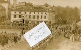 Doc Rare - COGNAC - Carte Photo De Ph. LAVAUD - Défilé Du 11 Novembre 1918 -  Boucherie Parisienne - Cognac