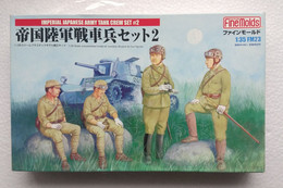 Imperial Japanese Army Tank Crew Set #2  1/35 ( Finemolds ) - Figurines
