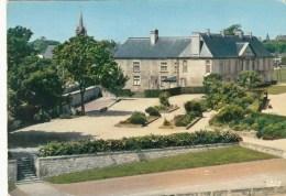 14 - CAEN - Le Château Vu Des Remparts - Caen