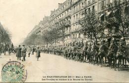 PARIS(MANIFESTATION DU 1er MAI) DRAGON - Manifestations