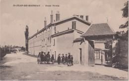 SAINT  JEAN De BOURNAY - Usine VIVIEN - Personnages Devant L´Usine. Carte Animée. - Saint-Jean-de-Bournay
