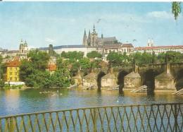 D389 - POSTAL - PRAHA - THE CASTLE OF PRAGUE HRADCANY - Postales