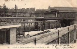 75 PARIS  Station Du Métropolitain - La Bastille - Métro Parisien, Gares