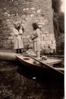 Photo Originale Essone - Corbeil-Essonnes - 91100 - Promenade En Barque En 1949 - Tour - - Places